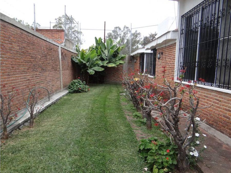 venta de casa en ajijic con terrazay jardin bc