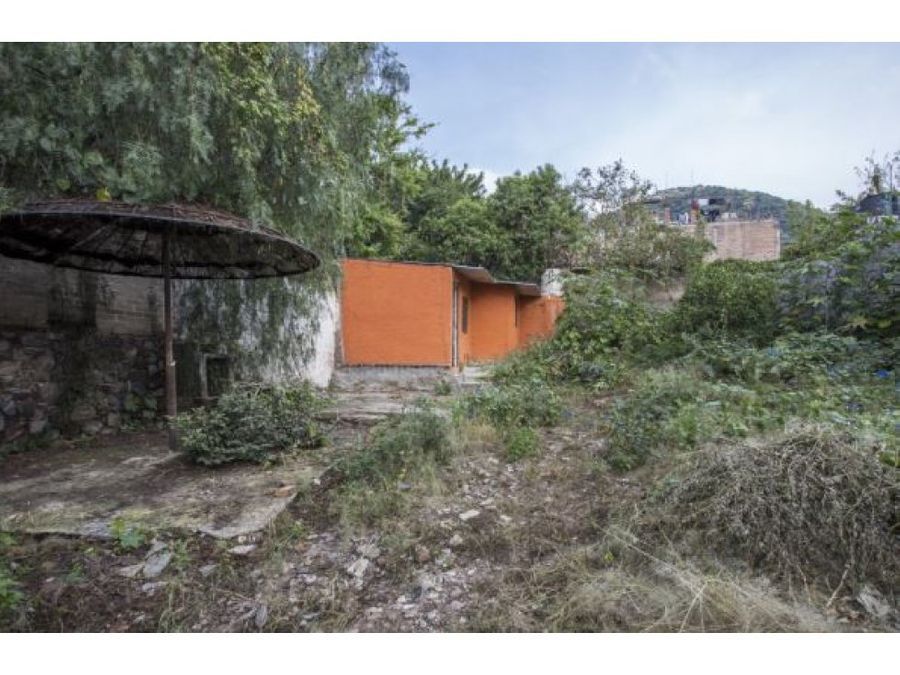 propiedad con casita a remodelar en ajijic