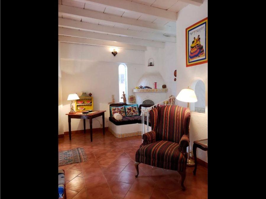 venta de casa en chapala con jardin2 casitas cw
