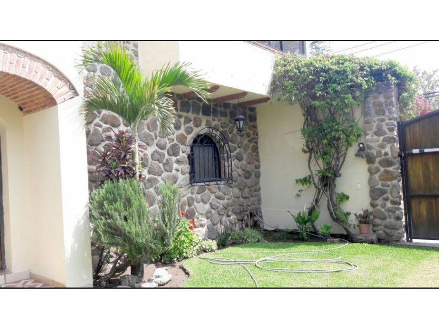 venta de casa en jocotepec con patio jardin he