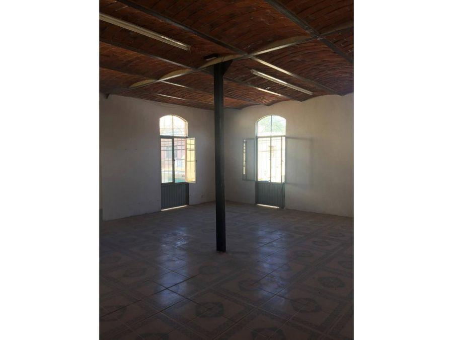 venta de edificio historio en chapala lm