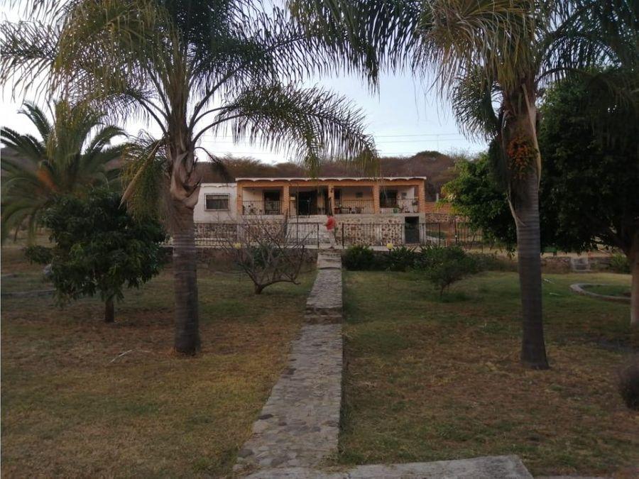 venta de casa en huerta vieja con areas verdes ll