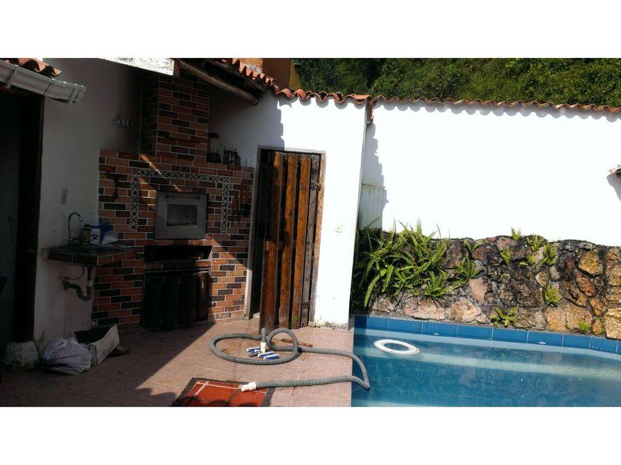 vendo cabana amoblada economica con piscina