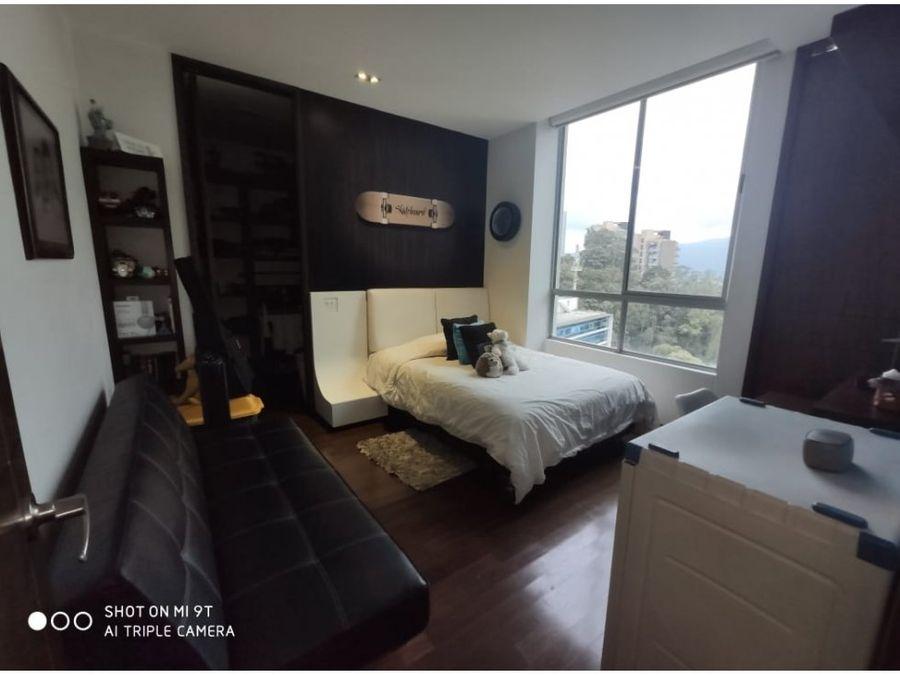 inmenso apartamento en los balsos el poblado