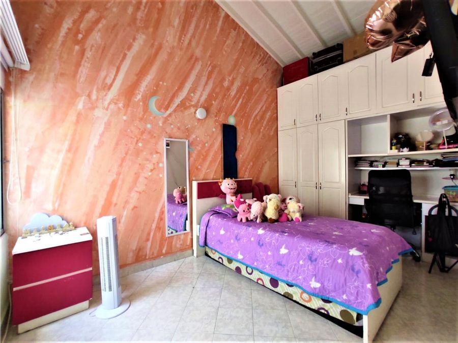 vendo casa economica en unidad cerrada en zuniga envigado