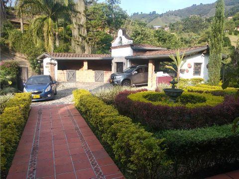 hermosa casa finca en sabaneta
