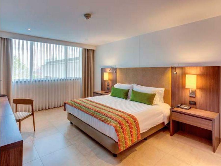 suite hotelera en hotel square en la milla de oro