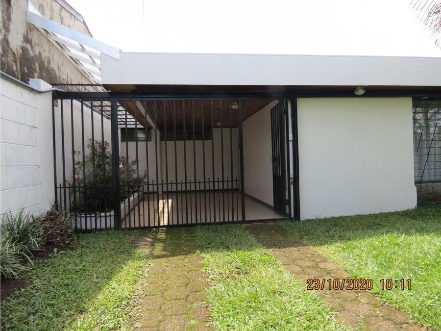 casa en curridabat centro lp1