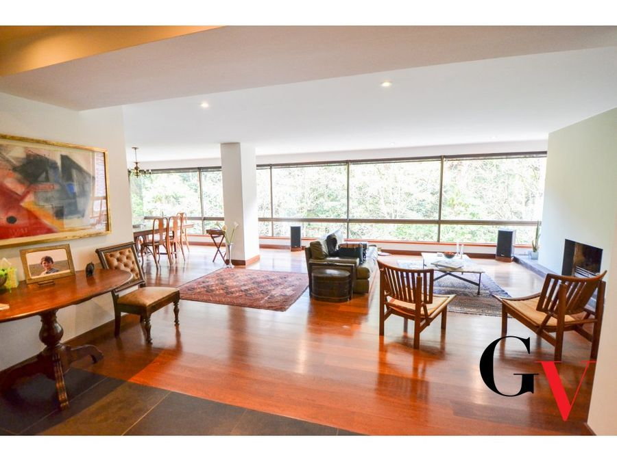 espectacular apartamento en venta en los rosales