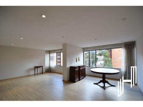 lindo apartamento remodelado en rosales para la venta