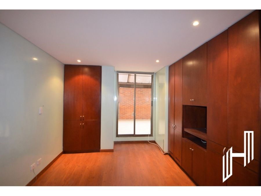 arriendo apartamento con terraza chico navarra