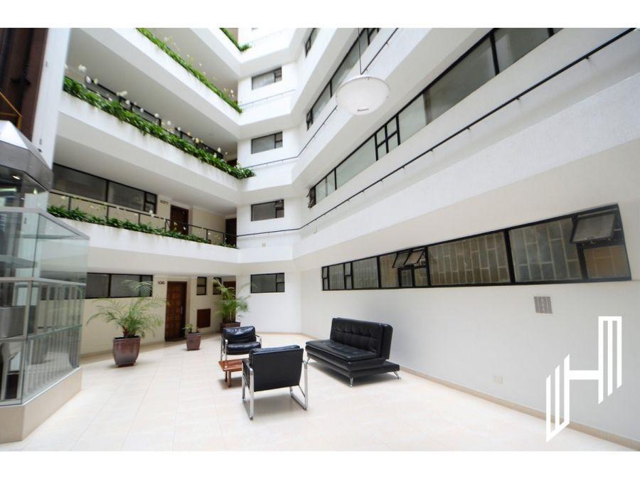 amplio apartamento santa barbara en arriendo