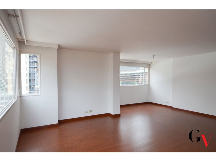 apartamento en venta con balcon sector exclusivo en macarena