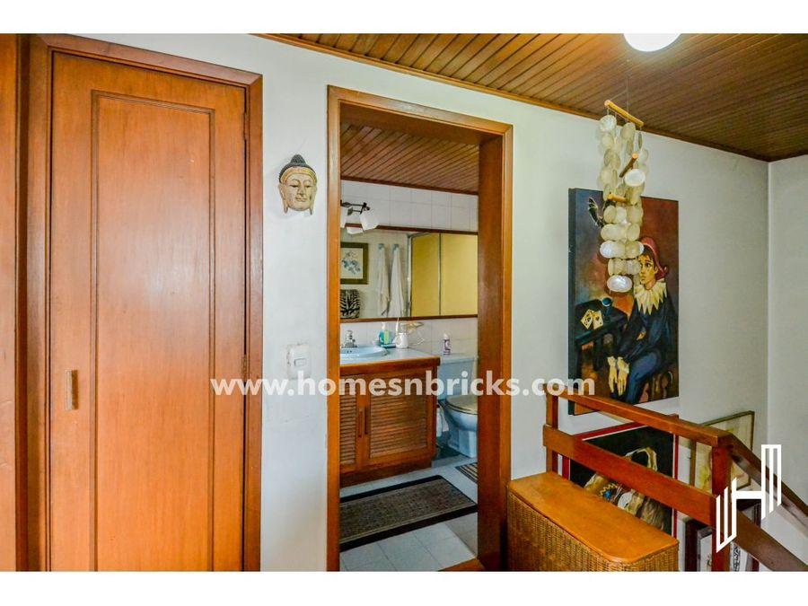 apartamento en venta con terraza en santa ana occidental