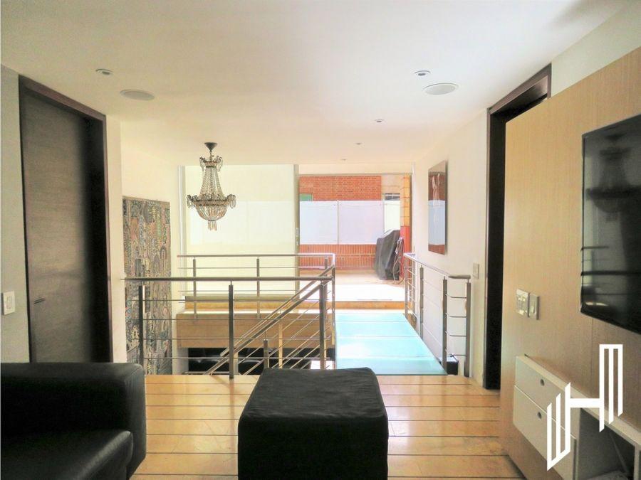 apartamento con terraza para arriendo en chico reservado