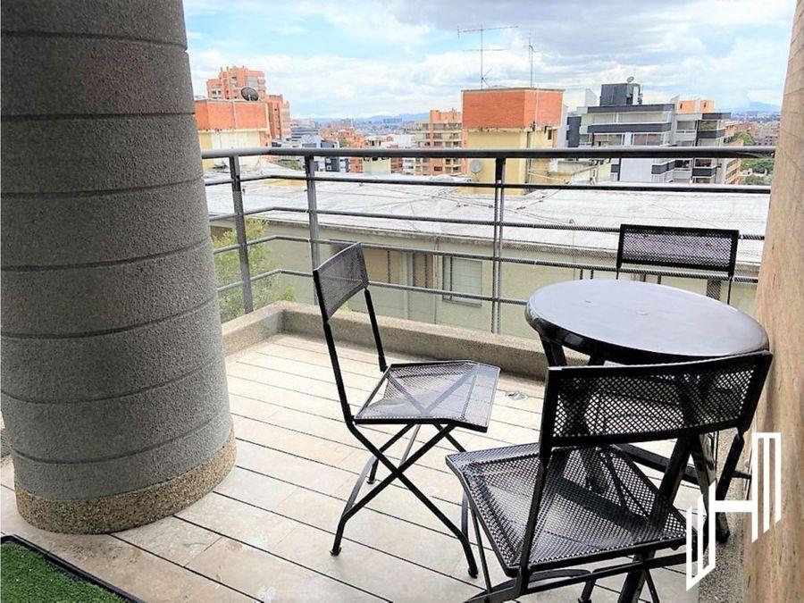 apartamento con balcon arriendo en el refugio