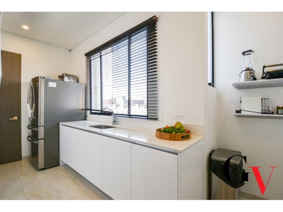 moderno apartamento triplex en venta chico