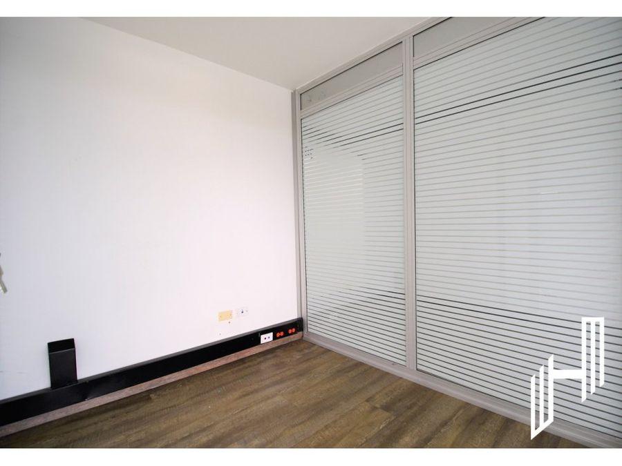 venta oficina avenida chile