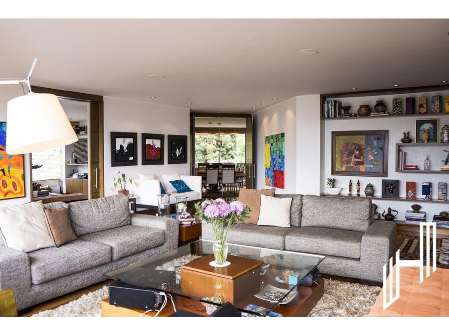 espectacular apartamento en rosales para la venta