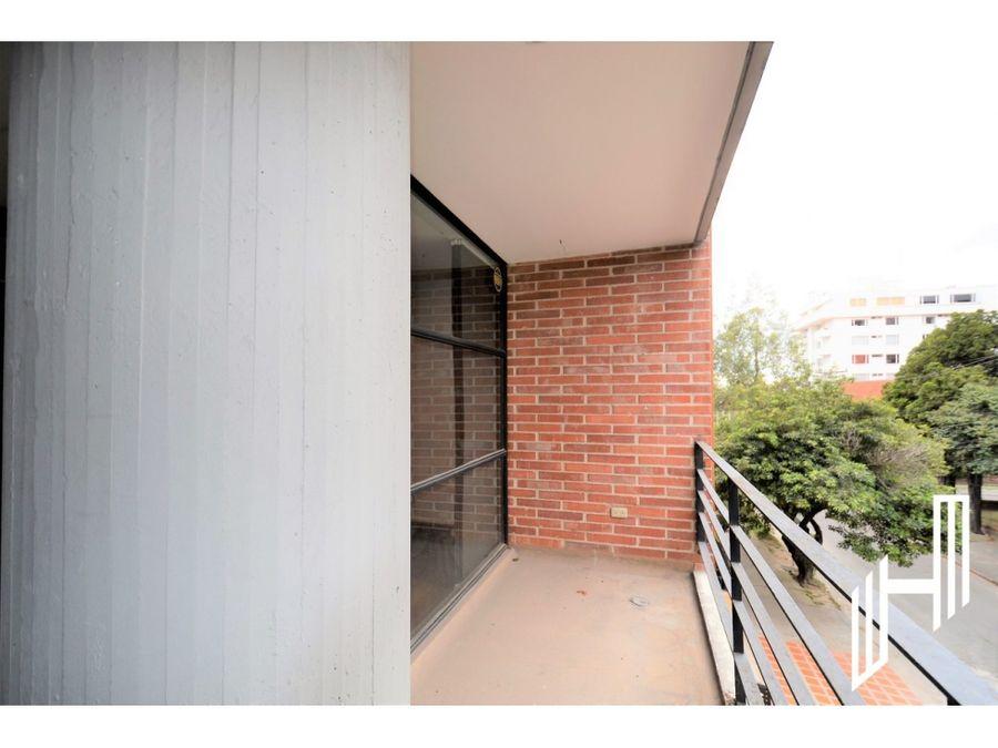 apartamento con balcones en venta en quinta camacho
