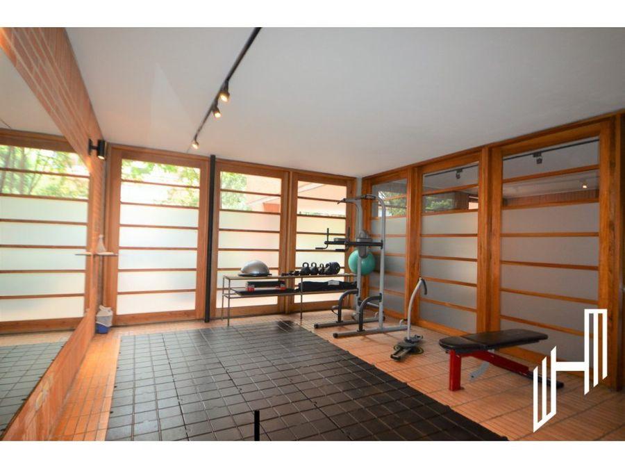 apartamento con balcon para arriendo en la cabrera