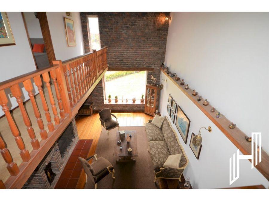 venta espectacular casa en colinas de suba