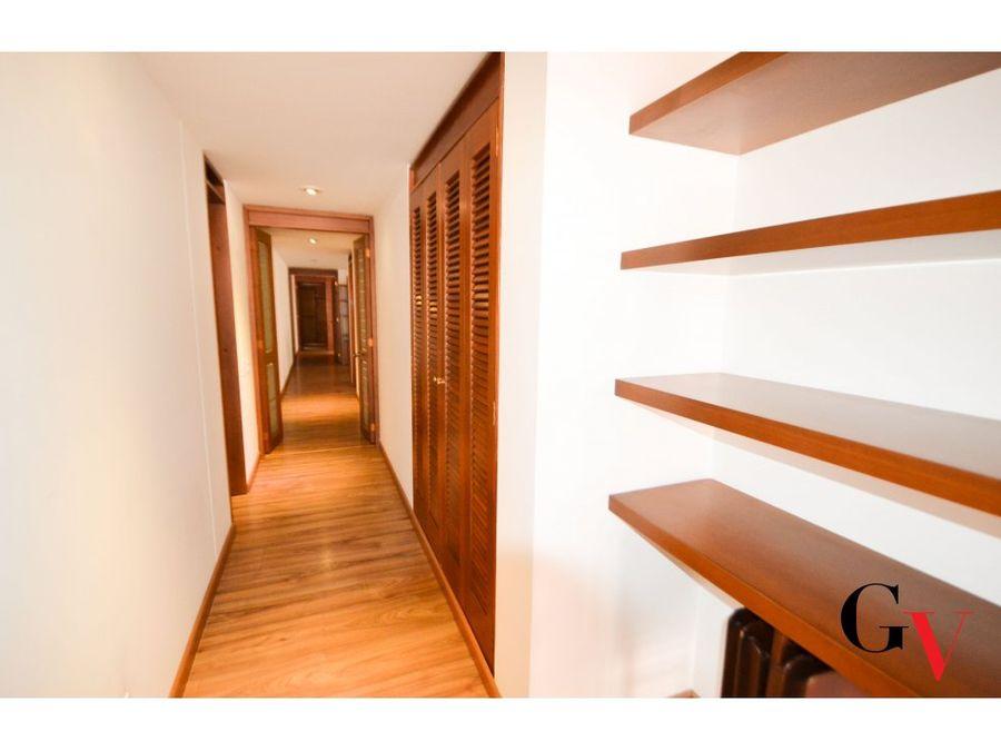 venta apartamento con balcon chico navarra