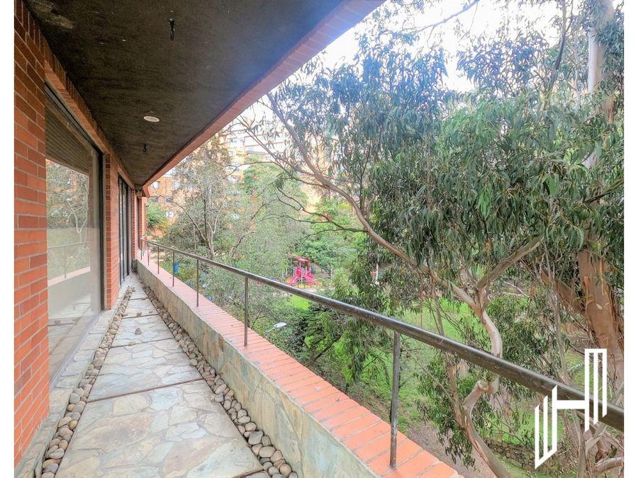 apartamento para arriendo con terraza en rosales