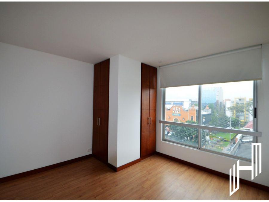 lindo apartamento en santa barbara para la venta