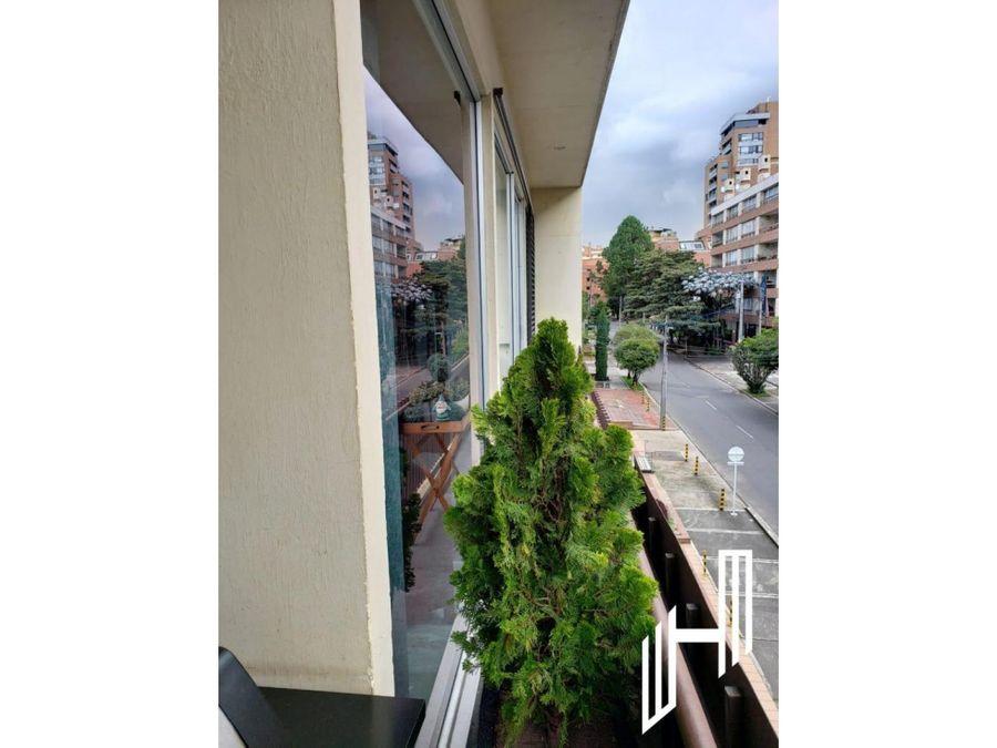 arriendo apartamento con balcon en chico reservado