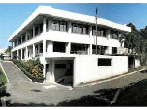 lbs 007 08 18 edificio comercial en santiago