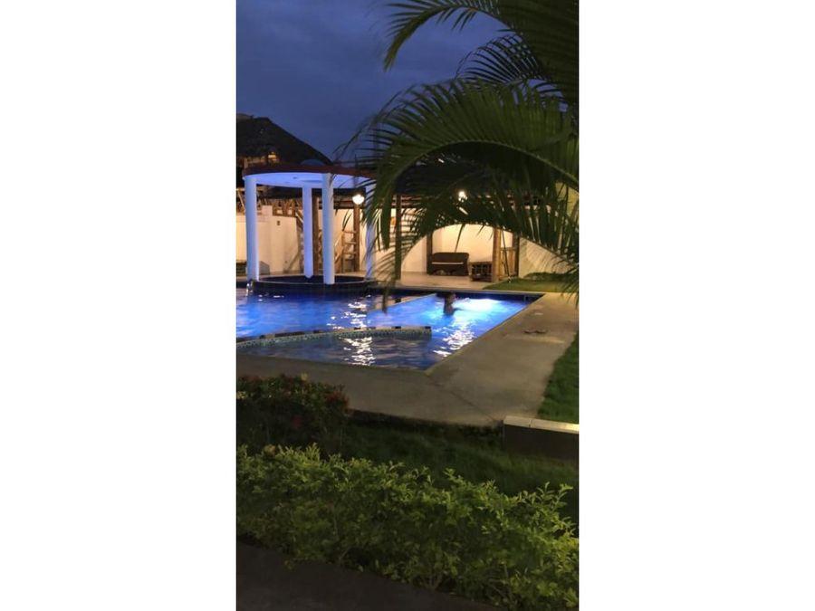 vendo casa de playa tonsupa