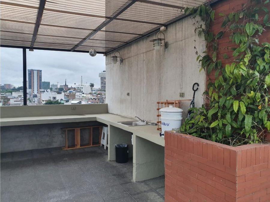 alquilo apartamento amueblado en zona 4