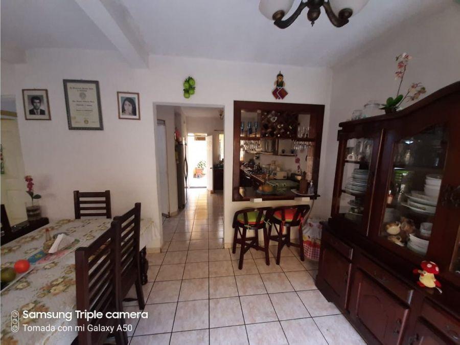 vendo casa en san lucas sacatepequez