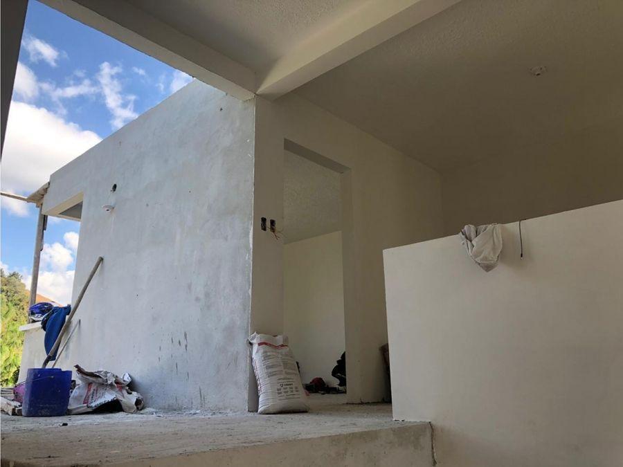 vendo casa en hacienda real zona 16