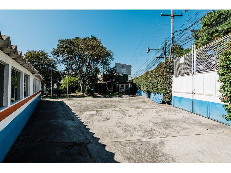 terreno comercial con instalaciones en alquiler zona 11