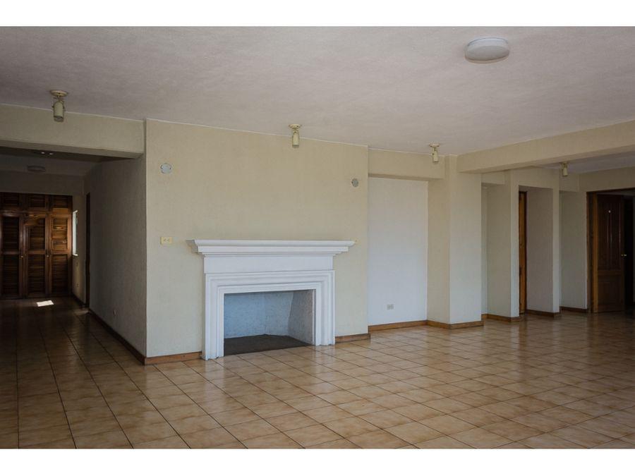 apartamento oficina amplia en alquiler zona 13