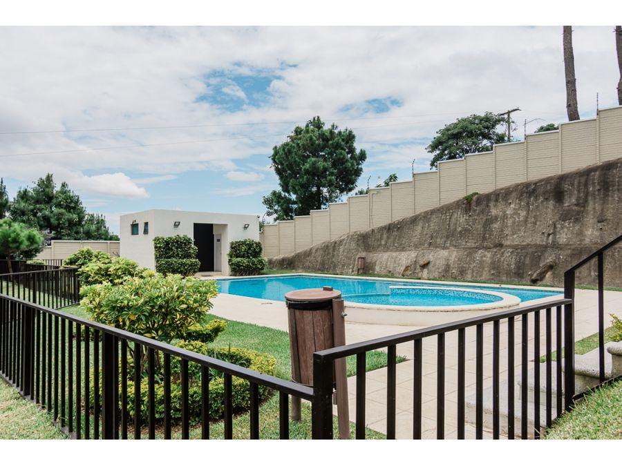 casa en alquiler en vistas de san isidro zona 16 jardin grande