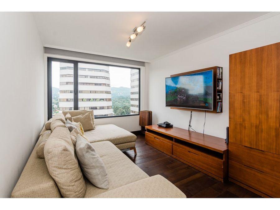apartamento de 3 habitaciones en venta ikonia zona 14