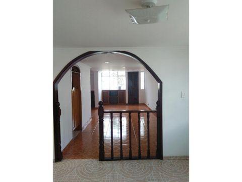 casa en venta en engativa bogota