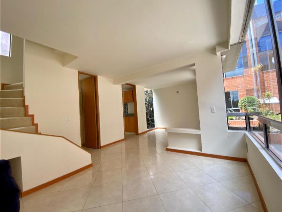 casa en venta en quintas de aranjuez usaquen