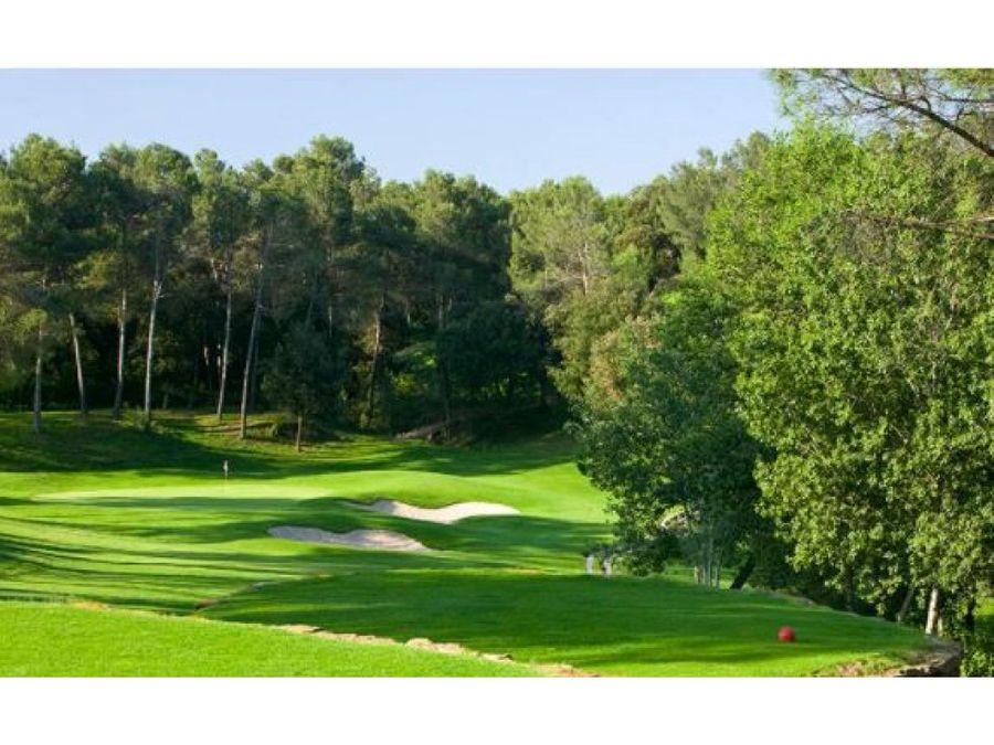 subastas girona oportunidad comprar golf resort en girona