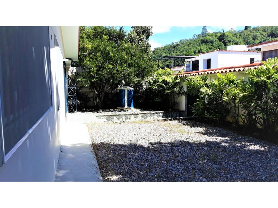 preciosa casa en venta en la trinidad