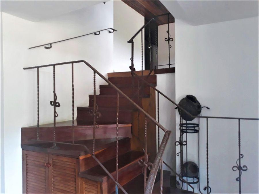 precioso penthouse en venta en santa sofia