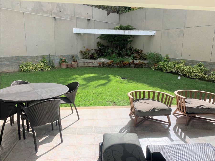 casa en venta la lagunita con jardin