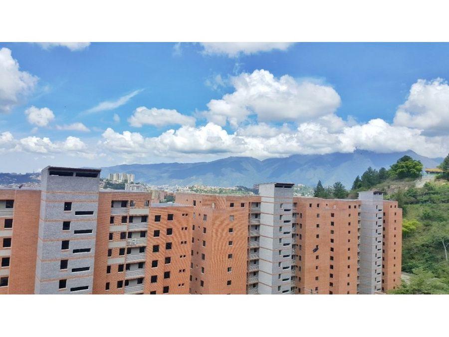 venta de apartamento en colinas de la tahona obra gris