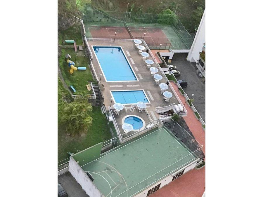 apartamento en venta en manzanares con canchas y piscina
