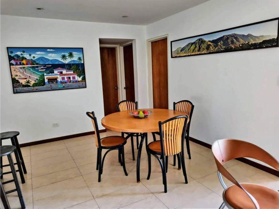 moderno y comodo apartamento en la trinidad