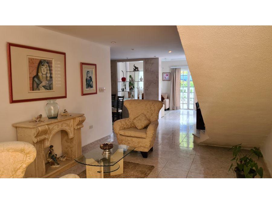 casa en venta en villas de la lagunita