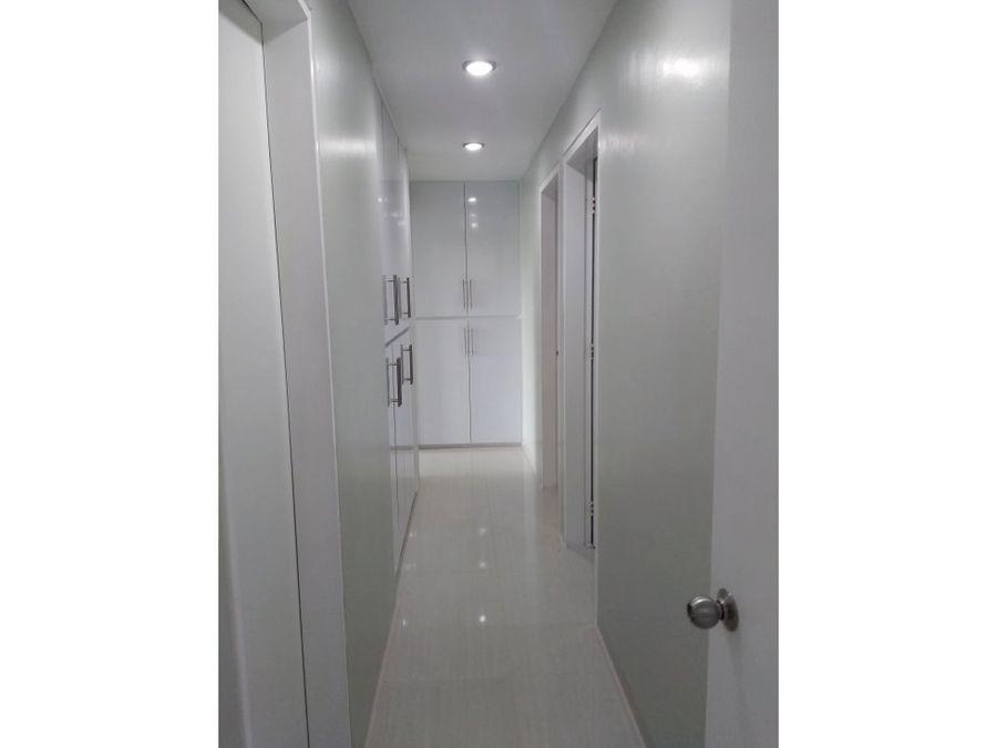 fabuloso apartamento a estrenar en la urbanizacion escampadero